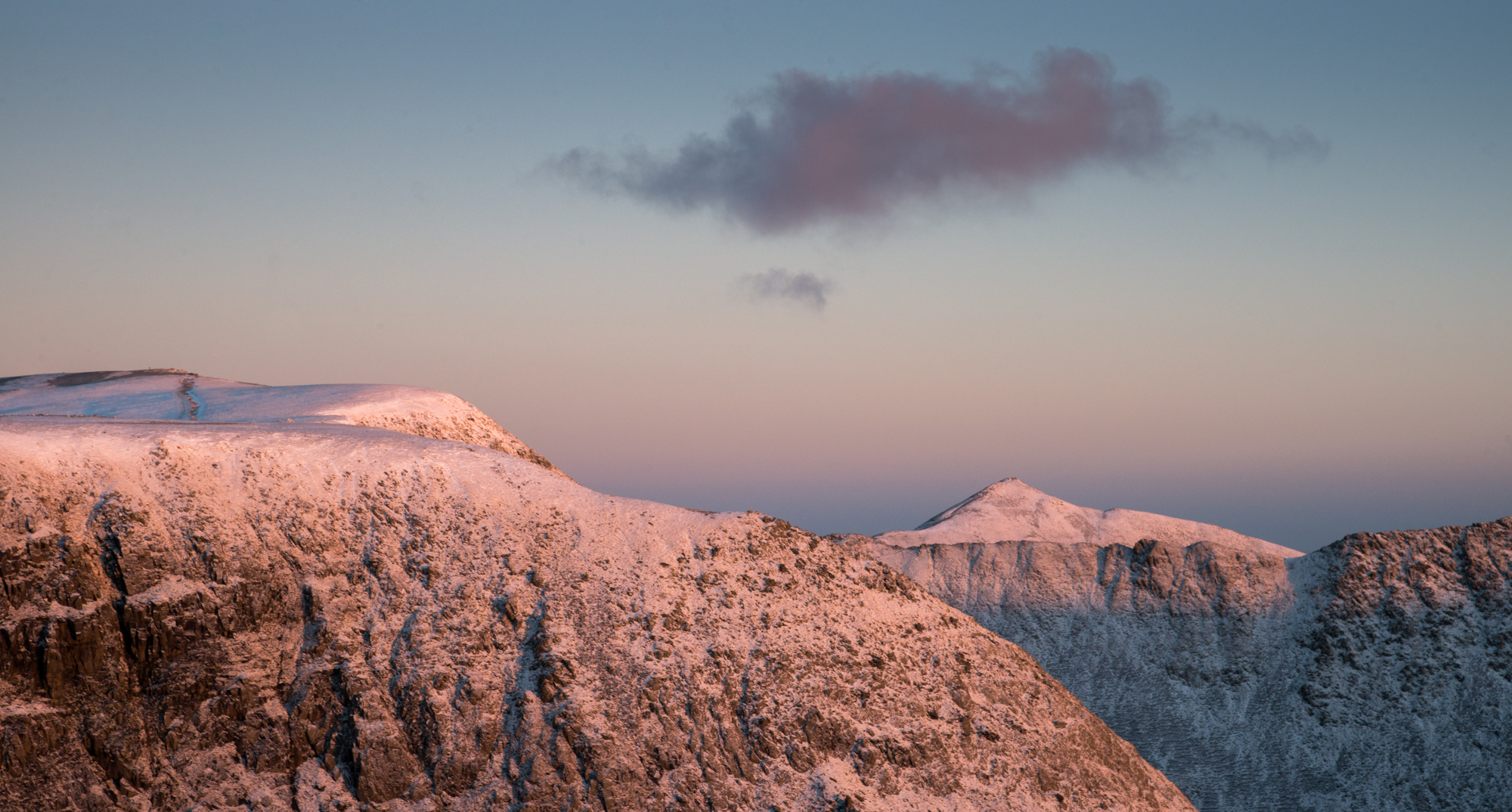Sunrise from Dollywaggon Pike in a cold wind