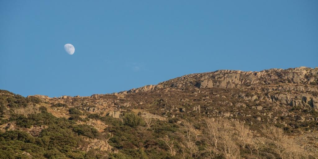 Moonrise over Grey Crag