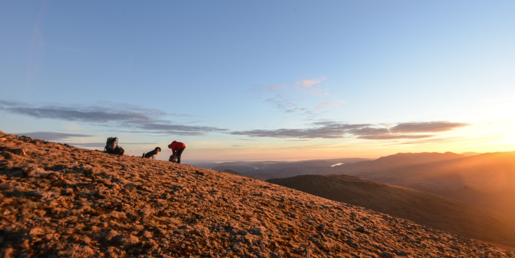 Pulling out warm gear as the sun sets on Dollywaggon Pike